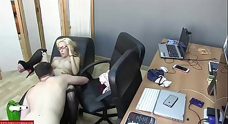 Pussy fucked on the couch and fucked blonde CRI029